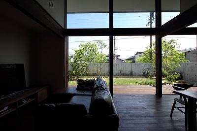 中と外が一体化した快適な居心地よい空間